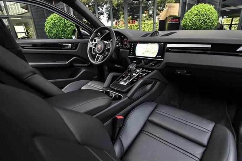 Porsche Cayenne E-HYBRID SPORTDESIGN+PANO.DAK+4WSTURING afbeelding 3