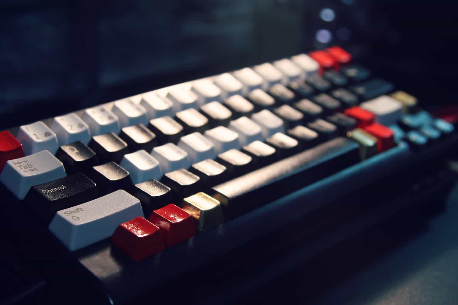 Keyboard photo by NihoNorway graphy on Unsplash