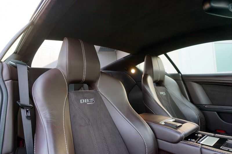 Aston Martin DBS 6.0 V12 afbeelding 8