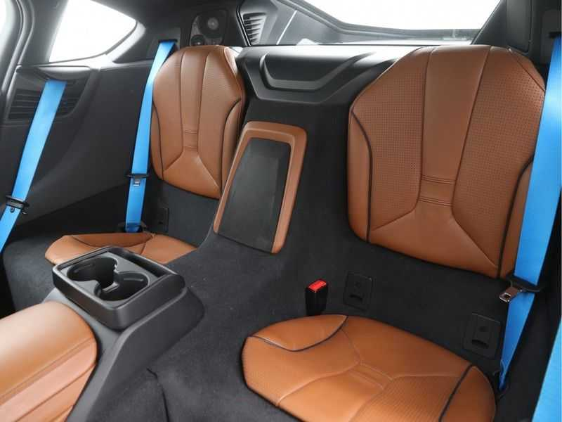 BMW i8 Coupe 1.5 Carbon Edition afbeelding 15