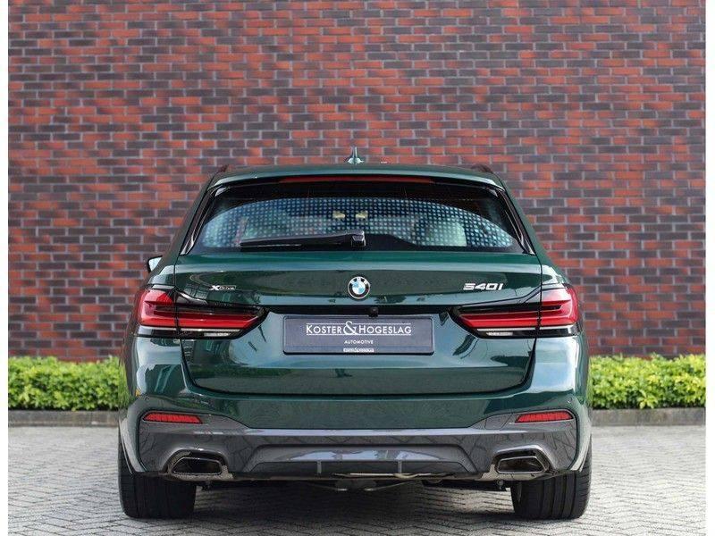 BMW 5 Serie 540i x-Drive *British Racing Green*HUD*Pano*Trekhaak* afbeelding 15