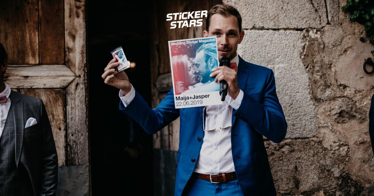 Geschenke von Trauzeugen: Wie wäre es mit einem Stickeralbum?