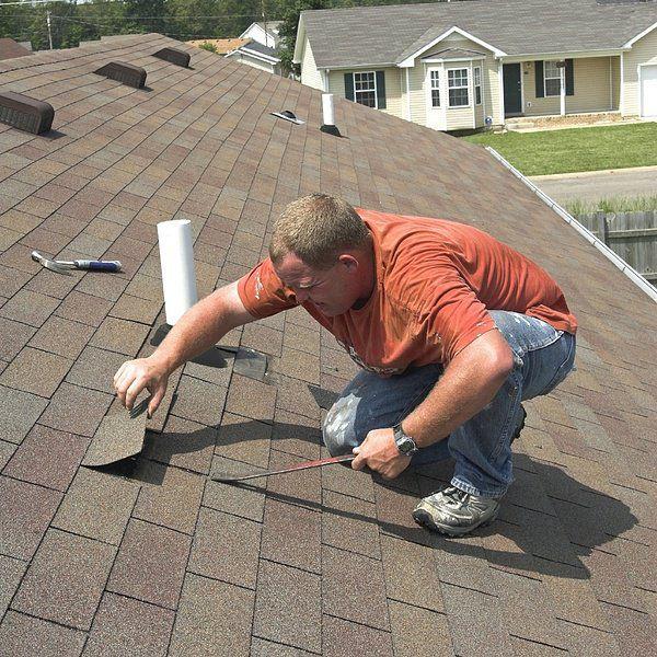 roofr-repair-worker-916922-edited