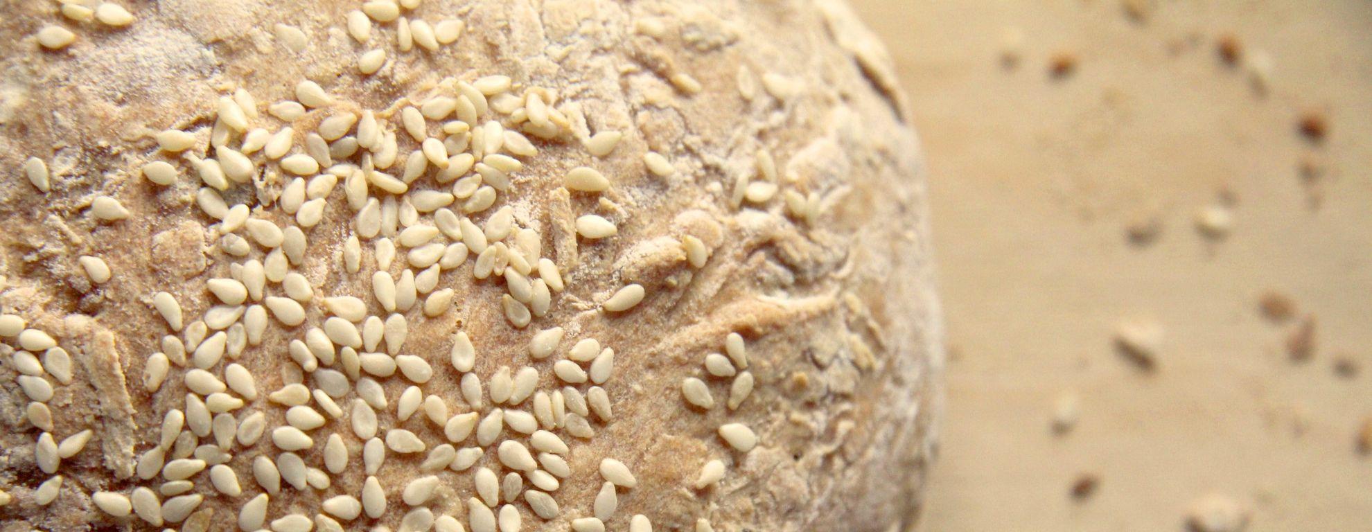 7 beneficios de las semillas de sésamo para la salud - Featured image