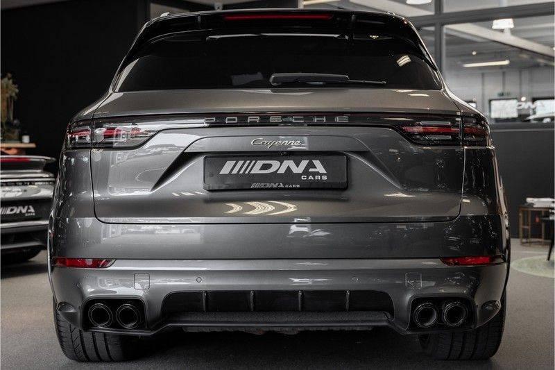Porsche Cayenne E-Hybrid Sport Design Pakket 22 Turbo Softclose Pano Luchtvering 3.0 E-Hybrid afbeelding 5
