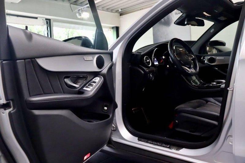 Mercedes-Benz GLC 250 4MATIC Premium Plus AMG PANO Night afbeelding 8