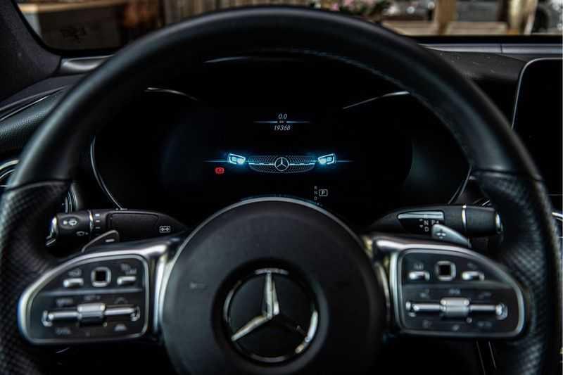 Mercedes-Benz GLC Coupé 300 4MATIC   360° camera   Panorama   Widescreen   Keyless afbeelding 2
