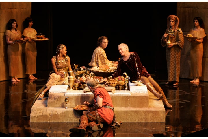 """Robert Thomson's lighting design for the production of """"Caesar and Cleopatra"""" at the Stratford Festival"""