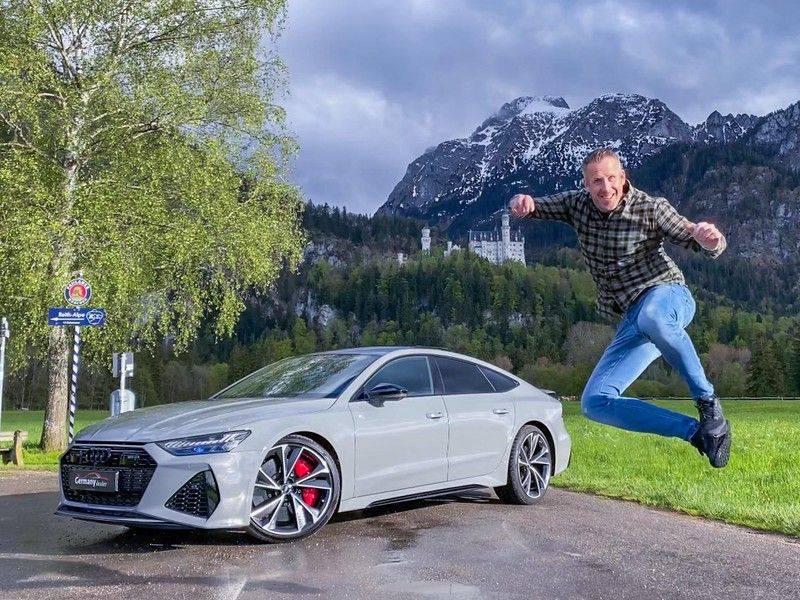 Audi RS7 Sportback 4.0TFSI 600pk Quattro Black Optic Laser-Led Softclose Head-Up Leder-dash RS-Zetels 22-Inch 360Camera afbeelding 9