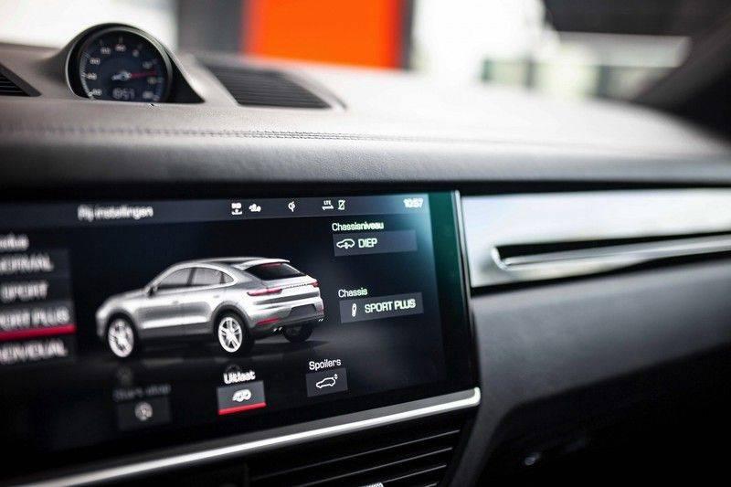Porsche Cayenne 2.9 S Coupé *BOSE / Sportdesign / 4 Wielbesturing / Memory / Sport Chrono / HUD* afbeelding 18