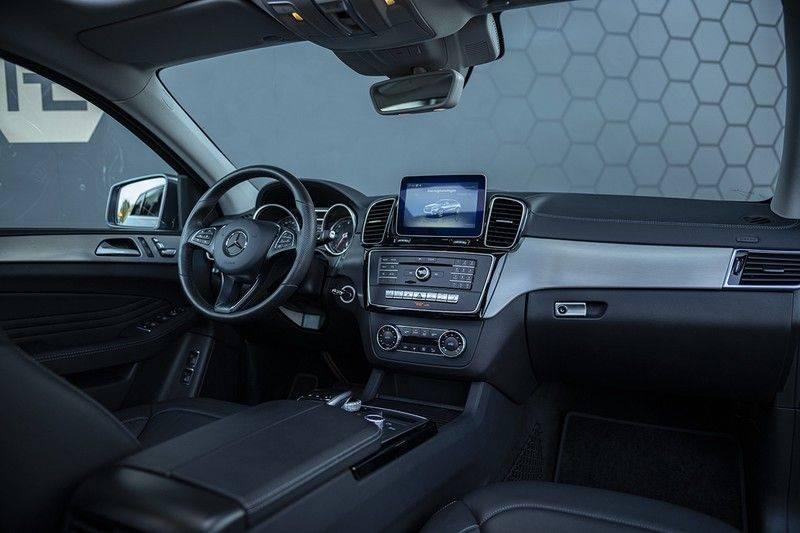 Mercedes-Benz GLE Coupé 350d 4-MATIC AMG BTW + Trekhaak + Panoramadak afbeelding 4