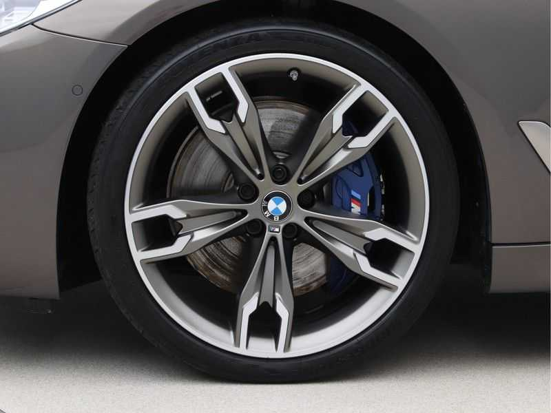 BMW 5 Serie Touring M550d xDrive High Executive Automaat Euro 6 afbeelding 24
