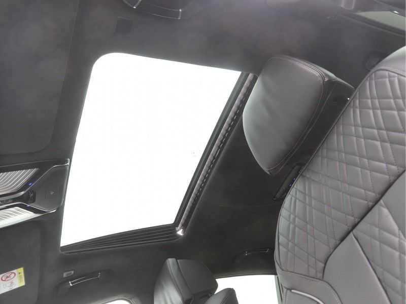 BMW 7 Serie 745e M Sport High Executive BEZICHTIGING OP AFSPRAAK afbeelding 21