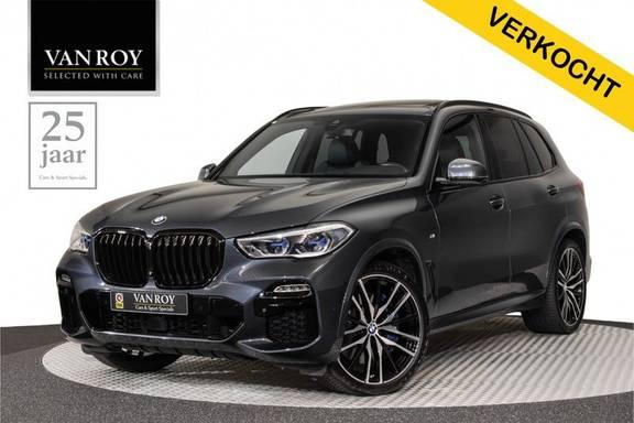 "BMW X5 M40i xDrive 340pk Panoramadak VirtualCockpit ShadowLine Sportleder+Memory Head-Up Harman/Kardon Luchtvering Laserlicht AmbientLight Keyless Sportuitlaat 22"" 360Camera ParkAssist Pdc"