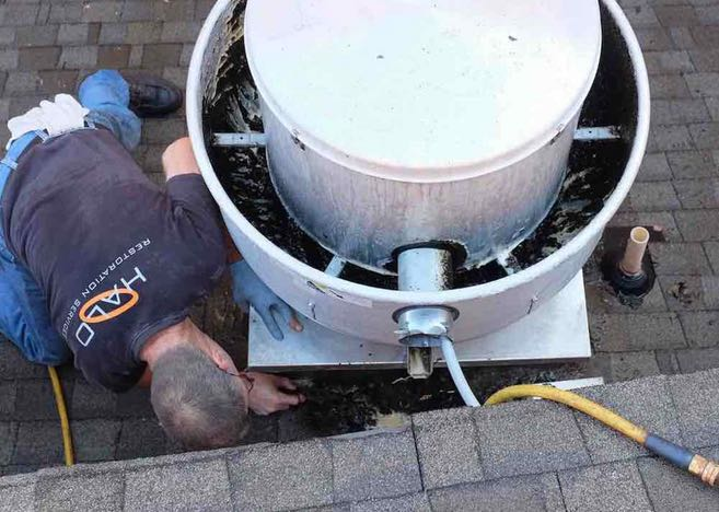 Cleaning rooftop grease in Irving, TX