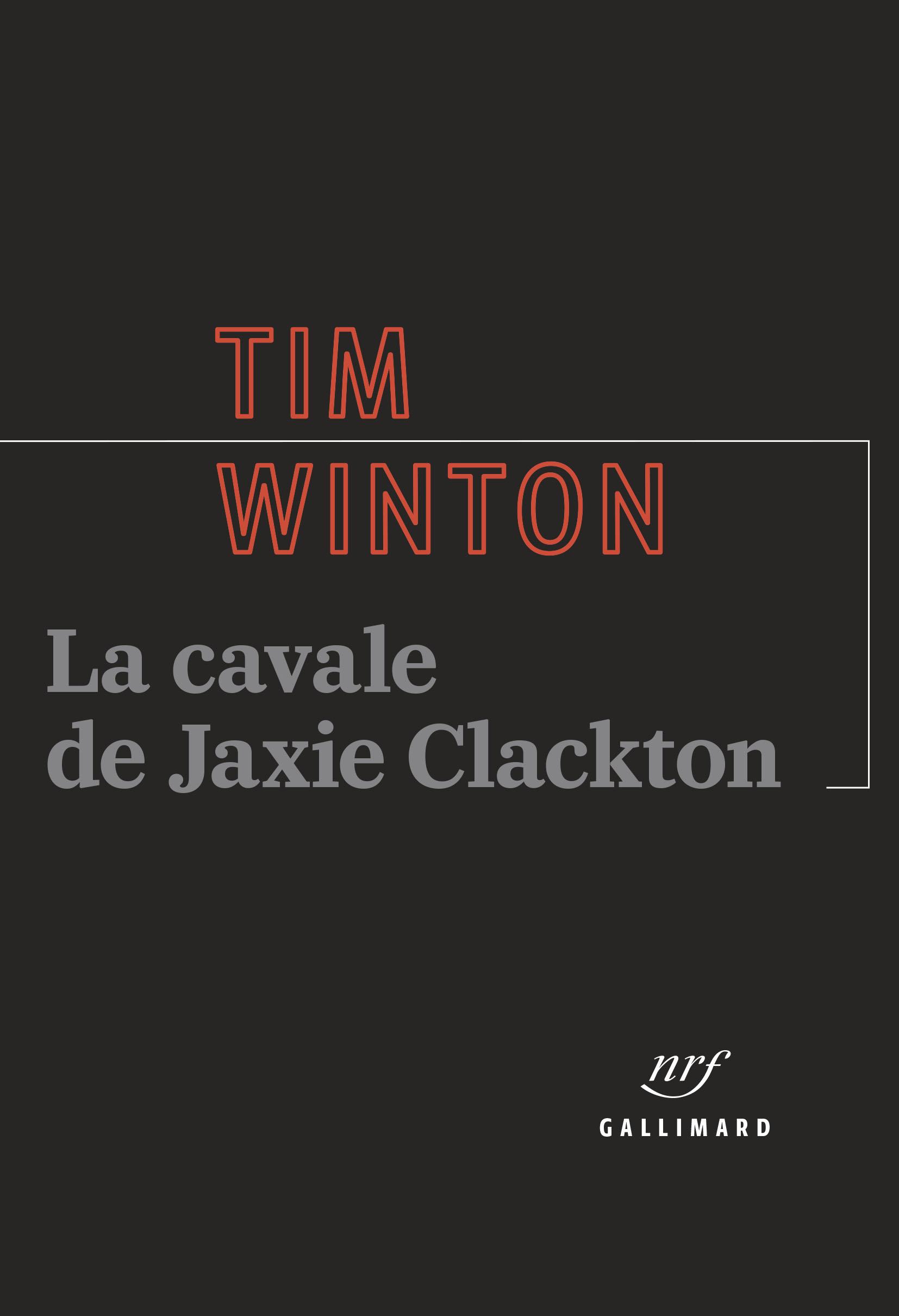 Couverture intégralement noire, le nom de l'auteur sur deux lignes en rouge, et titre sur deux ligne en caractères gras gris.