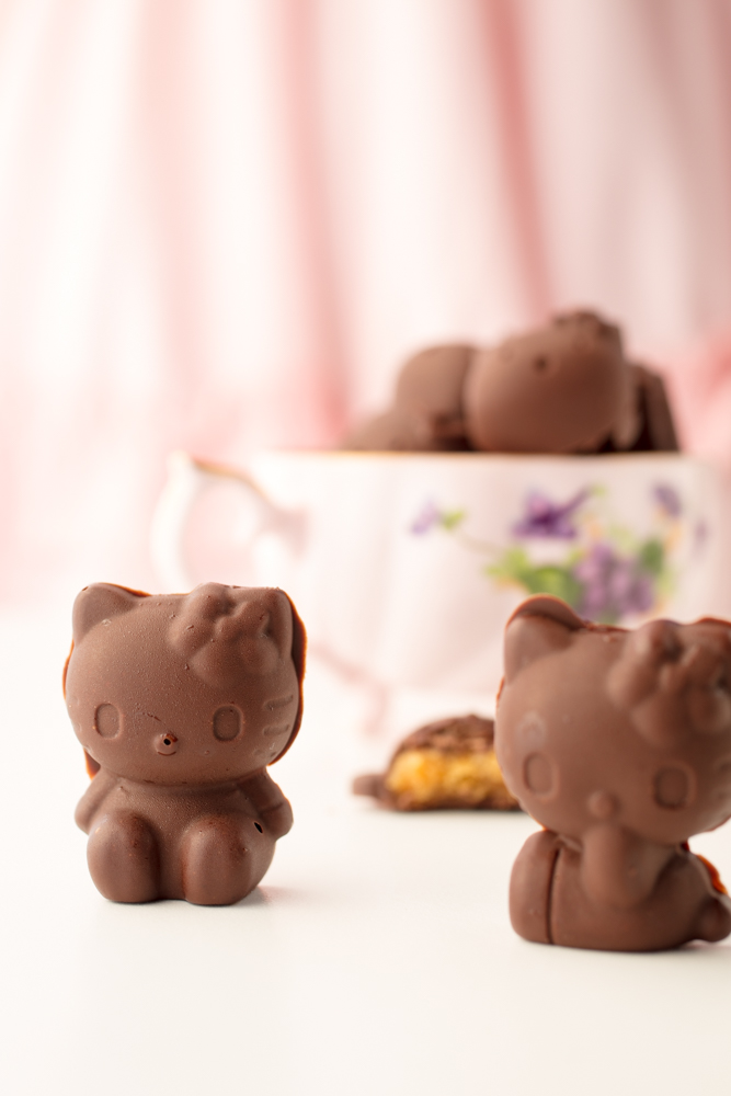 hello kitty chocolate peanut butter cup candies