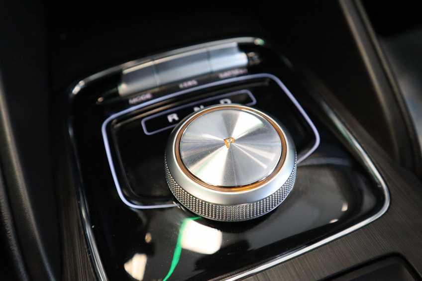MG ZS EV Luxury 8% Bijtelling Leder Panoramadak Navigatie Cruise LM afbeelding 22