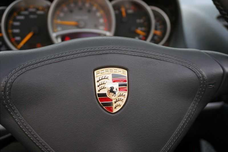 Porsche Carrera GT 5.7 V10 1 of 1.270 afbeelding 8
