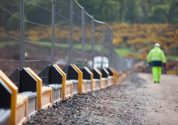 SafeSite SlotBlock Barrier Line
