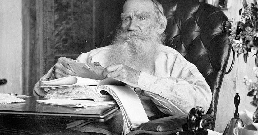 Лев Толстой к 25 годам прочел не 25 романов — целую библиотеку