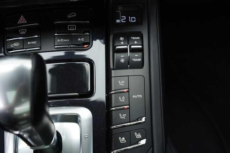 "Porsche Cayenne 3.0 D Facelift Sport Design Sportchrono + stoelen Pano 21"" afbeelding 21"