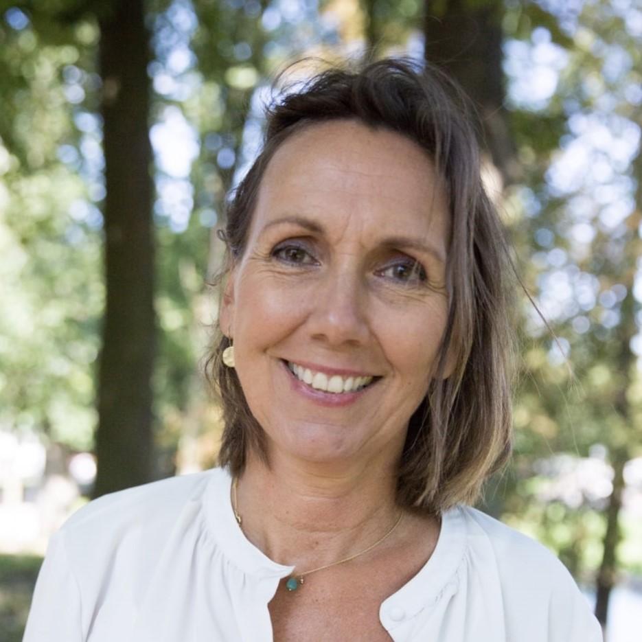 Erika Pape