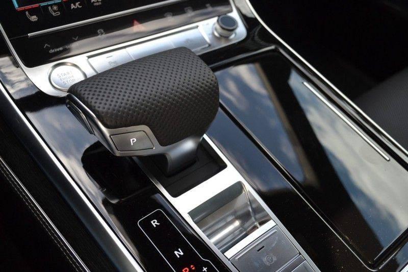 Audi Q8 55 TFSI S-Line / Massage / HuD / B&O Advanced afbeelding 17