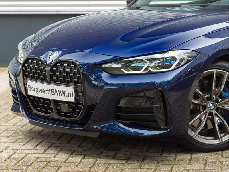 BMW 4 Serie Coupé M440i xDrive M-Sport - Head-up - Dak - Camera - DAB afbeelding 11