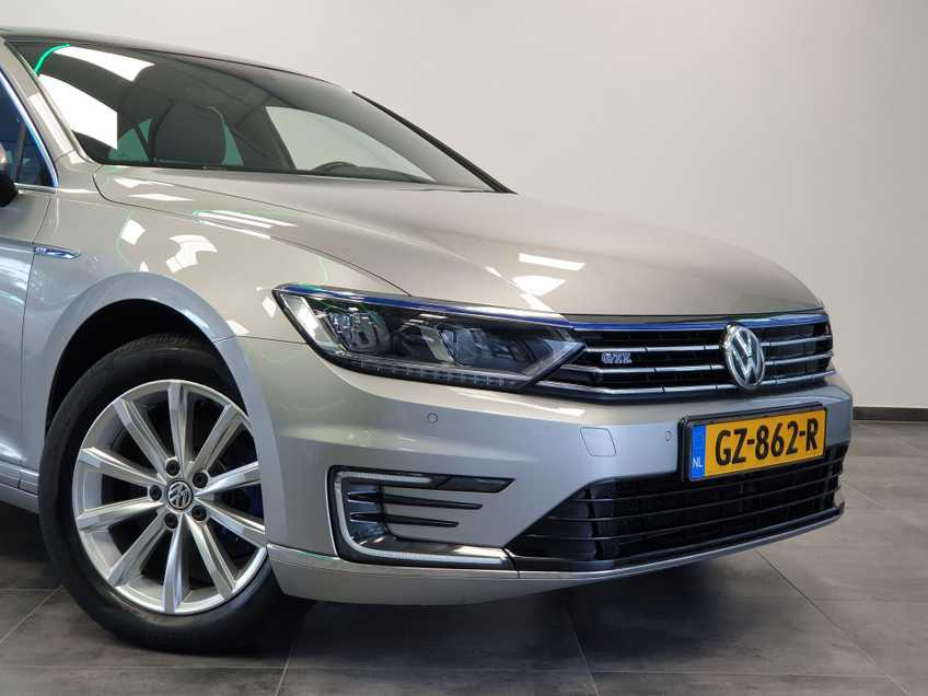 Volkswagen Passat 1.4 TSI GTE Highline EX BTW Navigatie Panoramadak LED PDC Clima Cruise 17`LM afbeelding 8