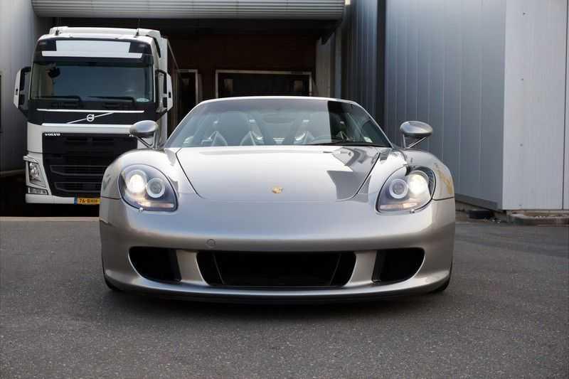 Porsche Carrera GT 5.7 V10 1 of 1.270 afbeelding 21