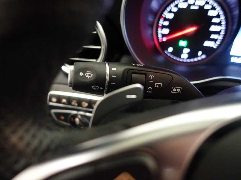 Mercedes-Benz GLC 250D 4MATIC 9G- AMG Night Edition, Pano, Rijassistentiepakket,Leer, Full afbeelding 5