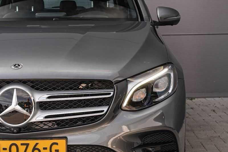 Mercedes-Benz GLC 250 4MATIC Sport Edition AMG Pano Trekhaak Camera 360° afbeelding 12