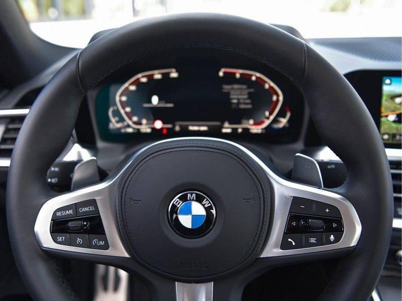 BMW 3 Serie 320d 190pk M-Performance Dak Laser HUD El-Memo Standk DA HiFi Keyless Live-Cockpit afbeelding 18