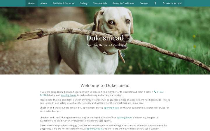 Dukesmead Boarding Kennels & Cattery website frontpage