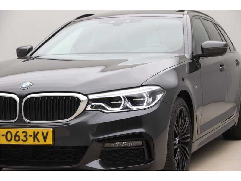 BMW 5 Serie Touring 520i High Executive Edition afbeelding 25