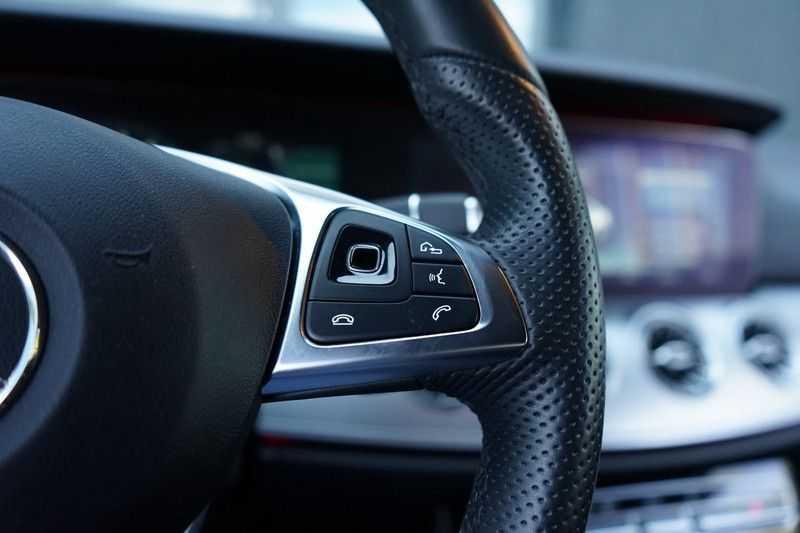Mercedes-Benz E-Klasse Coupé 200 Premium Plus AMG, Pano, Burmester afbeelding 13