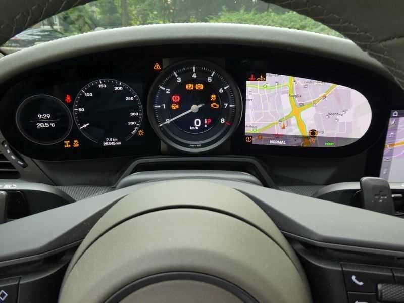Porsche 992 Cabrio 3.0 Carrera 4S afbeelding 23