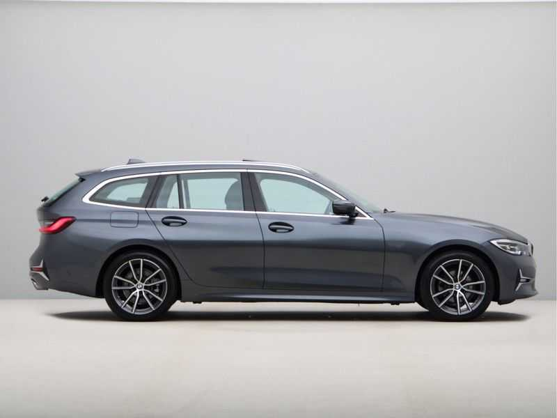 BMW 3 Serie Touring 320d High Executive Edition afbeelding 3