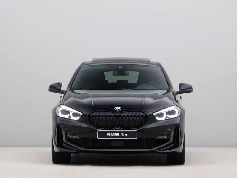 BMW 1 Serie 118i Corporate Executive M Sport afbeelding 7
