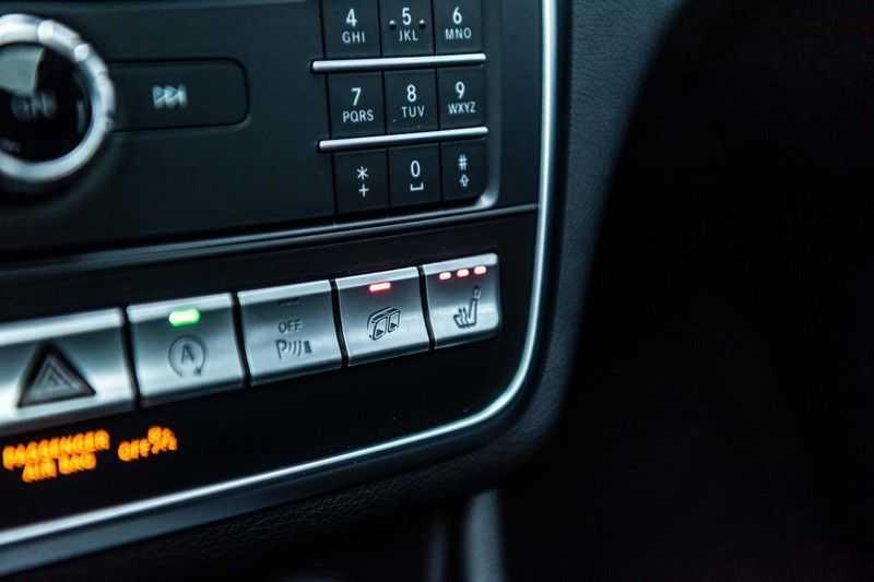 Mercedes-Benz CLA-Klasse 45 AMG 4MATIC, 381 PK, Facelift, Pano/Dak, Camera, Night/Pakket, AMG-Sportuitlaat, 52DKM!! afbeelding 20