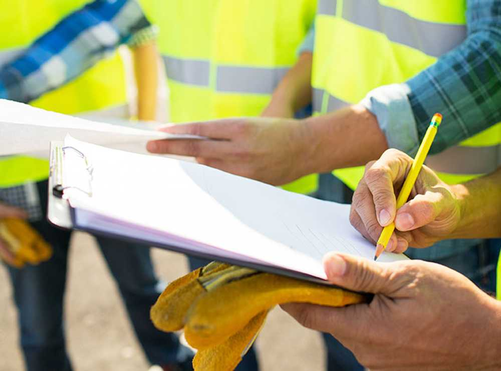 Accruent - Resources - Blog Entries - 6 Tips For Standardizing Inspections Across Plants - Hero