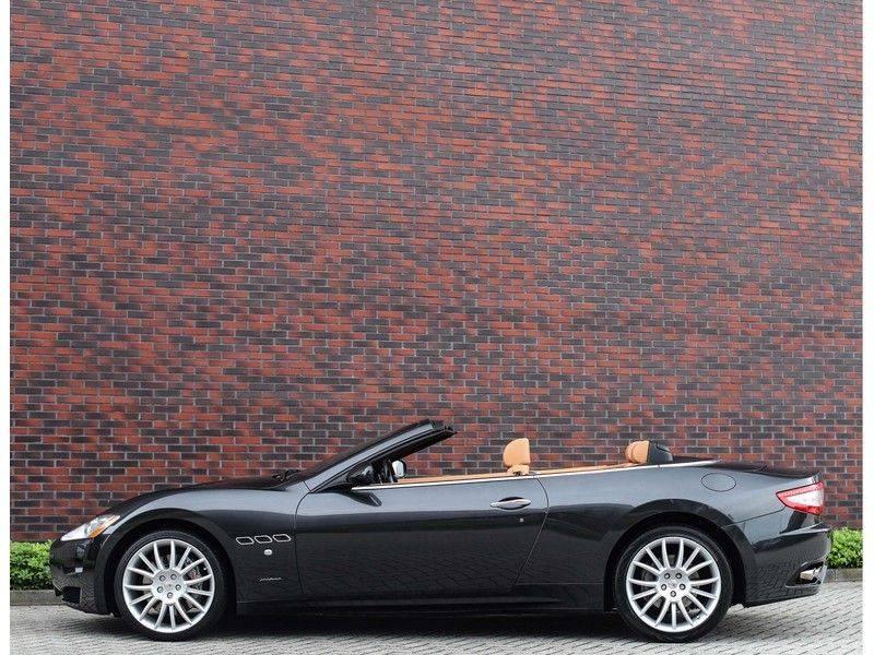 Maserati GranCabrio 4.7S *Grigio Maratta*Bose*Nieuwstaat!* afbeelding 18