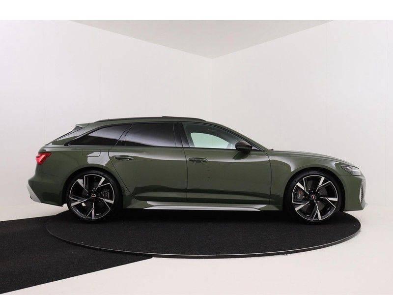 Audi A6 Avant RS 6 TFSI 600 pk quattro | 25 jaar RS Package | Dynamic + pakket | Keramische Remschijven | Audi Exclusive Lak | Carbon | Pano.dak | Assistentie pakket Tour & City | 360 Camera | afbeelding 10