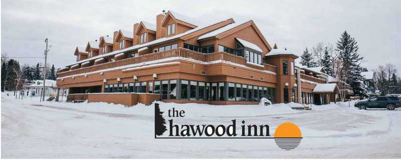 Waskesiu Hawood Inn
