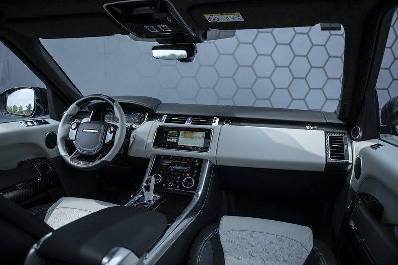 "Land Rover Range Rover Sport P575 SVR 'Solid Gloss Avocado' Carbon SVR motorkap + Drive Pro Pack + Panoramadak + 22"" + Stoelkoeling + Head-Up + Stuurwielverwarming + Carbon interieur afbeelding 5"