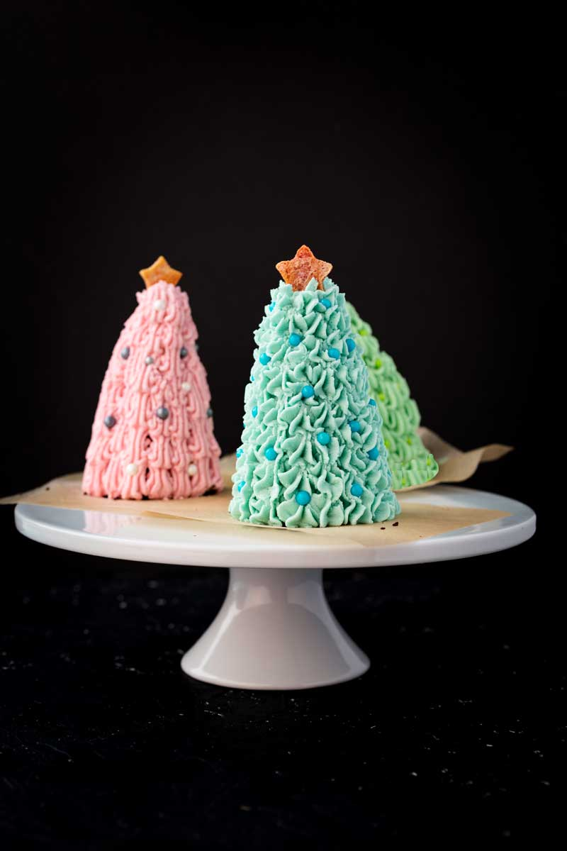 mini vegan pastel chocolate cake christmas trees