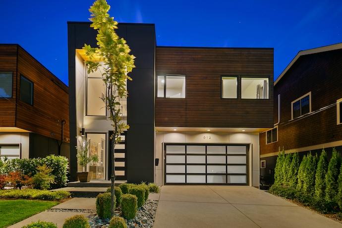 5215 153rd Ct SE, Bellevue WA