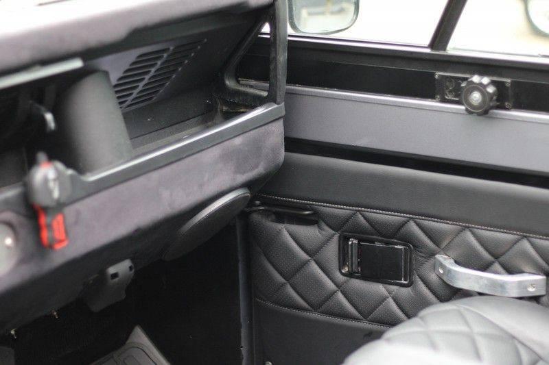 Land Rover Defender 110 Cabrio LS V8 aut. Uniek! afbeelding 18