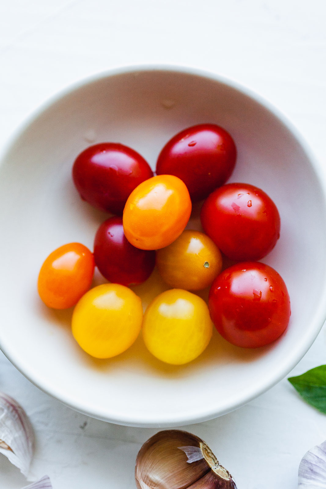 Easy Chickpea Caprese Salad
